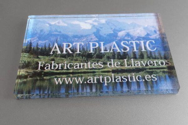 plaquita personalizada metacrilato adhesiva 600x400-2A