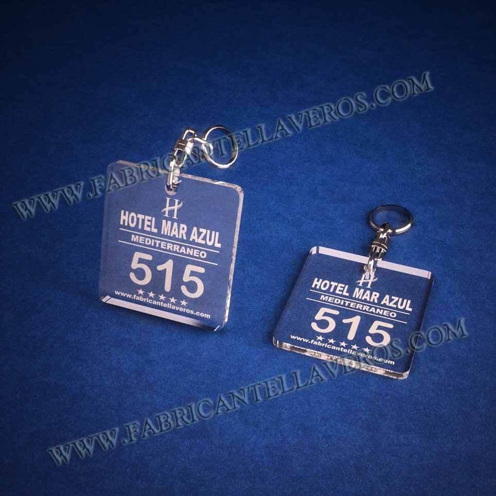 llaveros personalizados baratos grabados para hoteles cuadrados 50x50